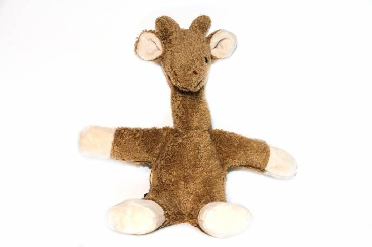 Kuscheltier Giraffe Charlotte vegan von Kallisto braun